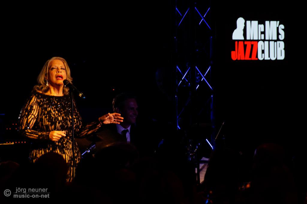 Patti Austin   Baden-Baden   Mr. M's Jazz Club   12-03-2015   © Jörg Neuner (music-on-net)