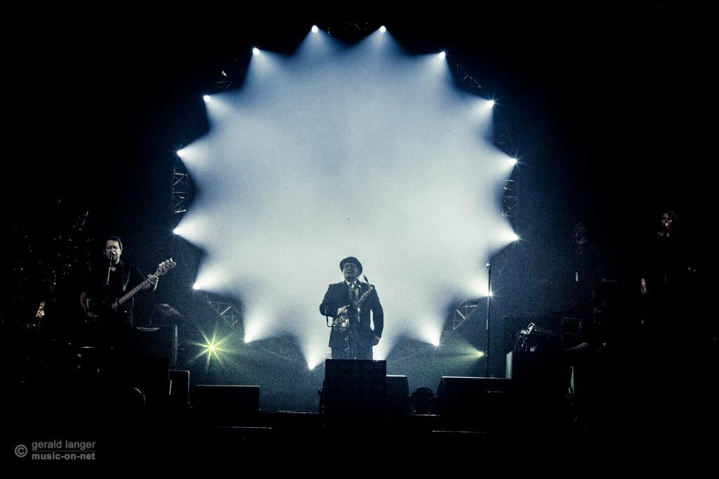 The Australian Pink Floyd Show | Würzburg | s. Oliver-Arena | 29-03-2015 | © Gerald Langer (music-on-net)