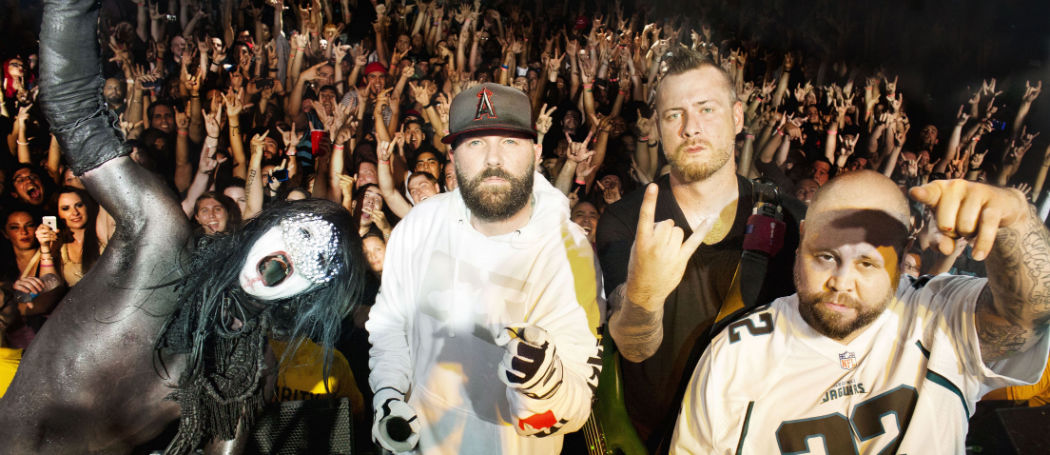 Limp-Bizkit-live-Wizard-Promotions-Kopie-w1050-h1050
