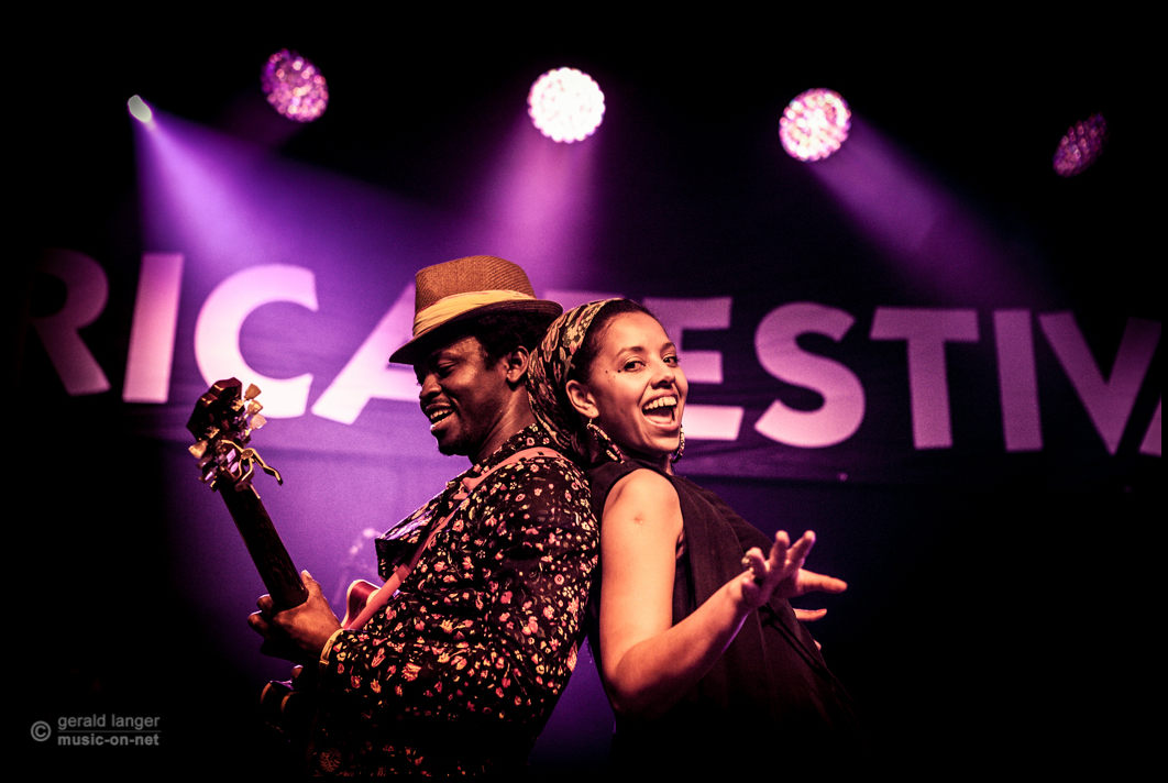 Moh! Kouyate & Mariama beim 27. Africa Festival 2015 in Würzburg © Gerald Langer