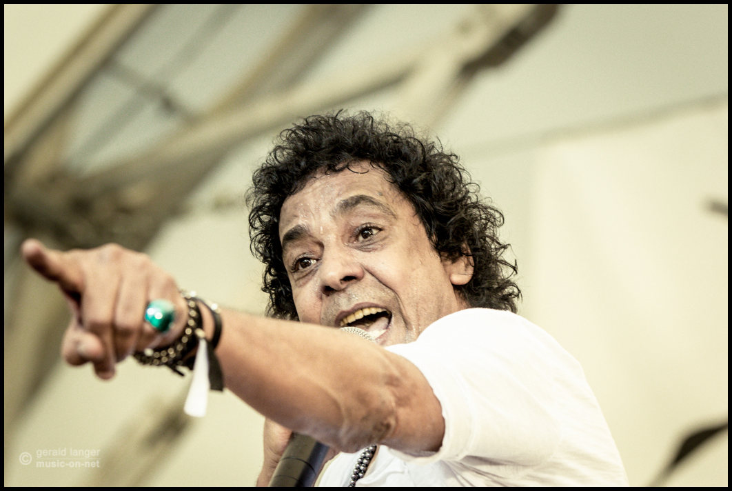 Dissidenten & Mohamed Mounir beim 27. Africa festival am 5. Juni 2015 in Würzburg