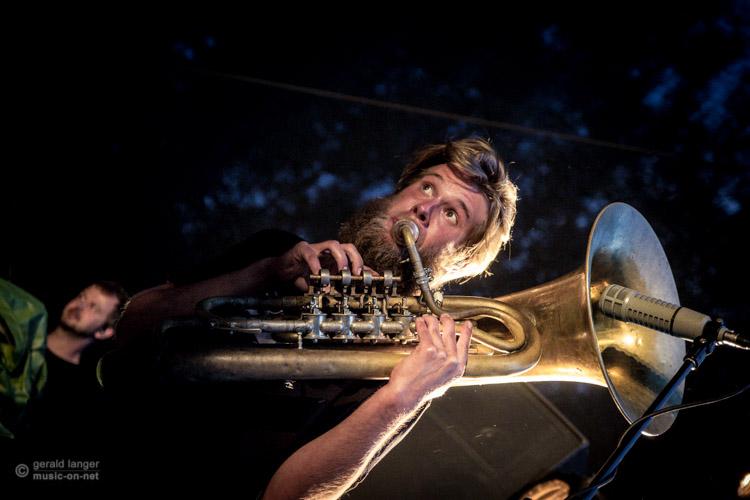 LaBrassBanda beim Open Air in Volkach am 12. Juli 2015 © Gerald Langer