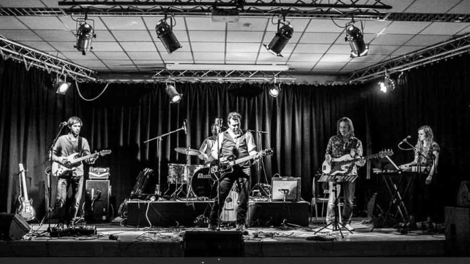 Markus Rill & The Troublemakers - Blauer Adler Würzburg 2016 © Gerald Langer
