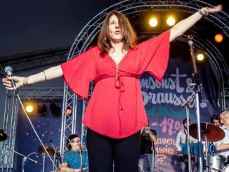 Margarita González beim Umsonst und Draussen Festival Würzburg 2016 © Gerald Langer