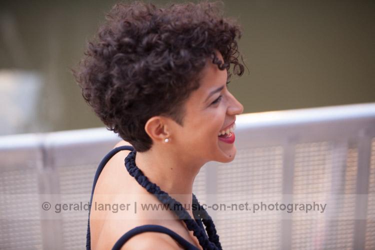 Aline Frazao - 24. Juli 2016 - Würzburger Hafensommer © Gerald Langer
