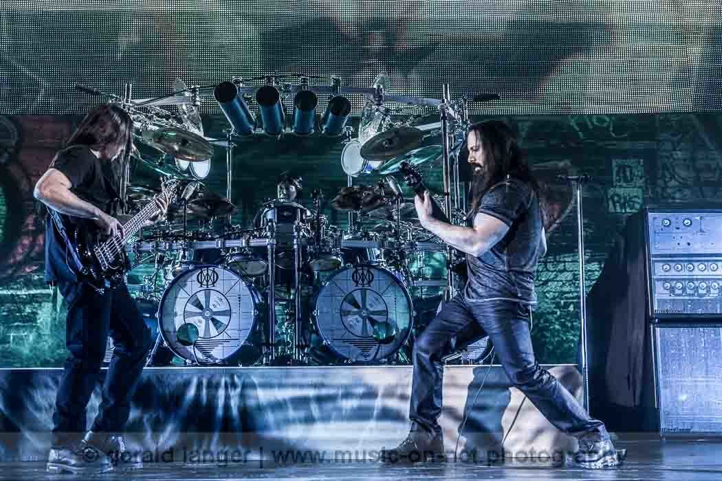 Dream Theater - Brose Arena Bamberg - 07-02-2014 © Gerald Langer