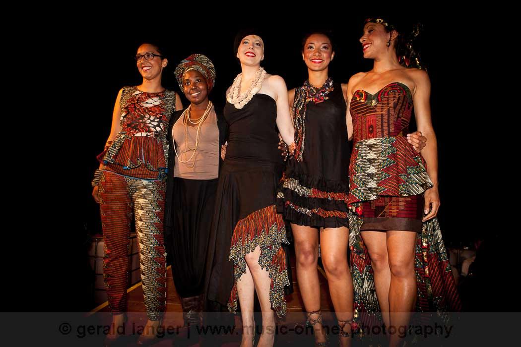 Modenschau - Rama Diaw - Africa-Festival Wuerzburg 2013 - © Gerald Langer