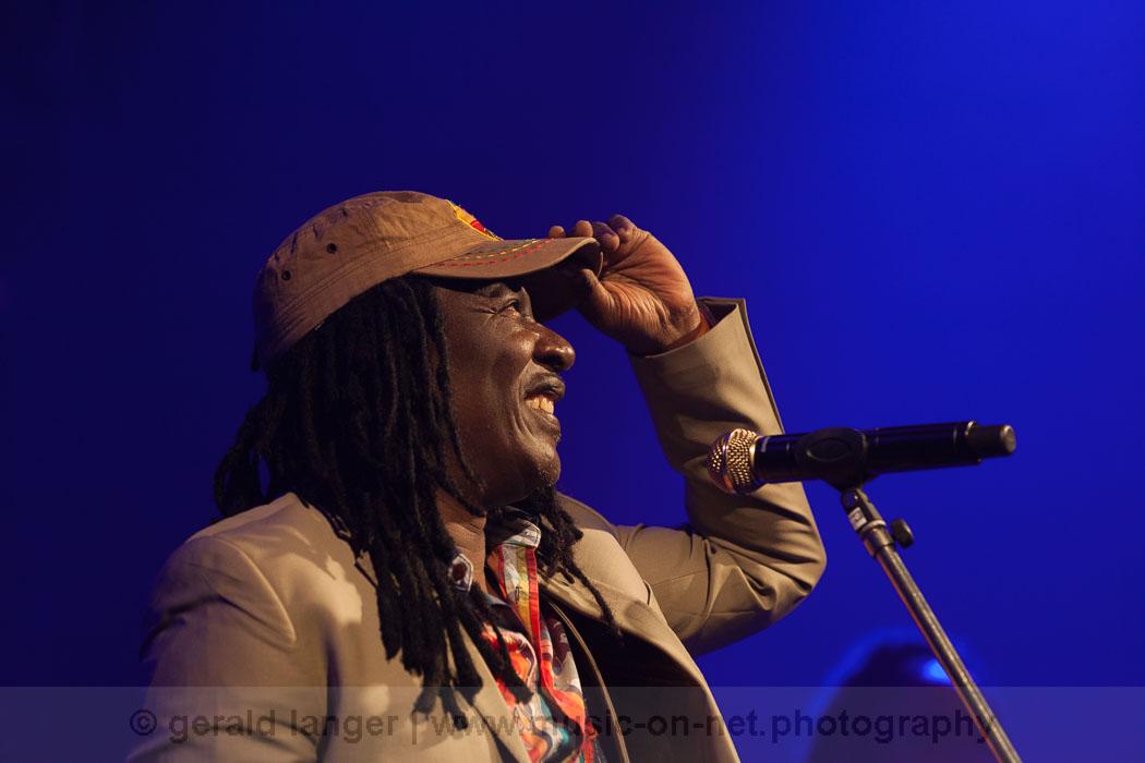 Alpha Blondy & Solar System - Africa-Festival Wuerzburg 2013 - © Gerald Langer