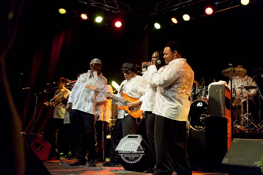 Earth_Wind_Fire_Experience_2012-©-Gerald_Langer_98