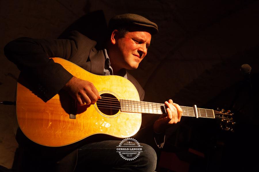 2injoy - Acoustic Night - Omnibus Wuerzburg 2012 © Gerald Langer