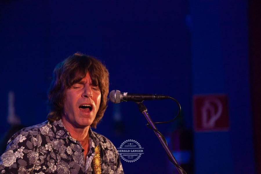 20181030_Bell-Bottom-Blues-Band-presents-The-very-best-of-Eric-Clapton_Radlersaal-Wuerzburg-©-Gerald-Langer_206