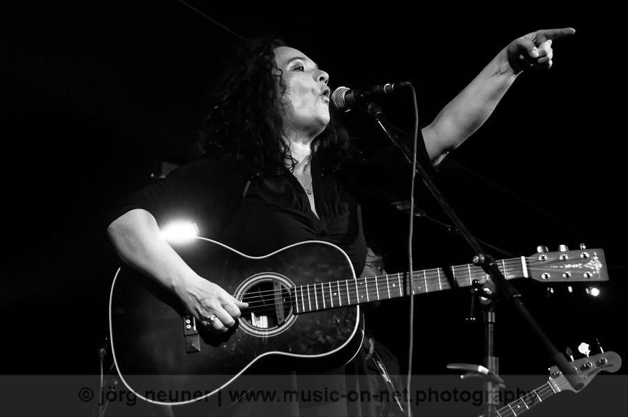 20190209_Meena-Cryle-The-Chris-Fillmore-Band_Blues-Club_Baden-Baden-©-Joerg-Neuner_24