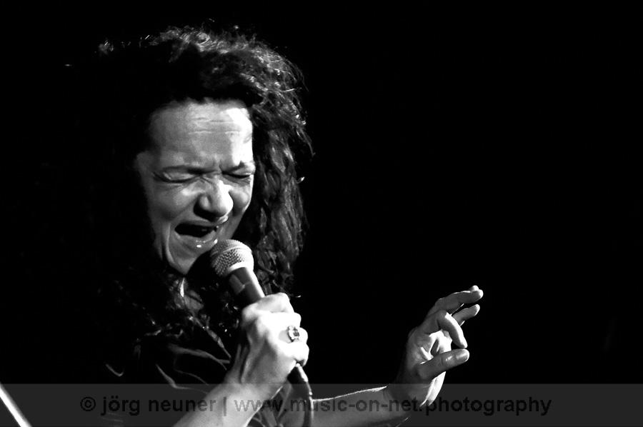 20190209_Meena-Cryle-The-Chris-Fillmore-Band_Blues-Club_Baden-Baden-©-Joerg-Neuner_31
